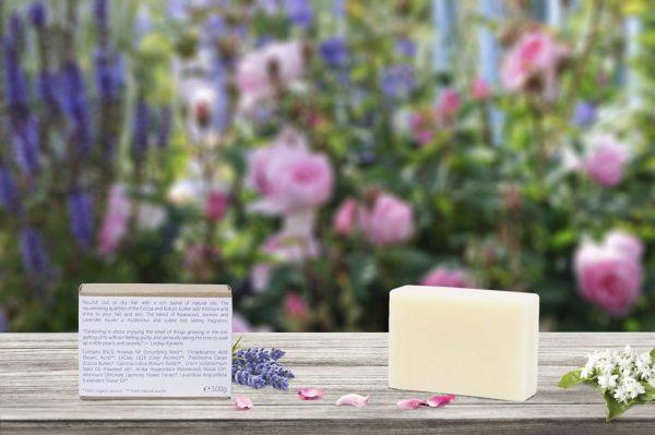 Natuurlijke conditioner bar voor vrouwen met Jasmijn, Lavendel en Roos. Garden of Flowers. Achteraanzicht